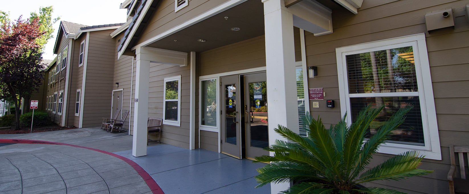 Brookdale Sterling Court | Assisted Living and Memory Care in