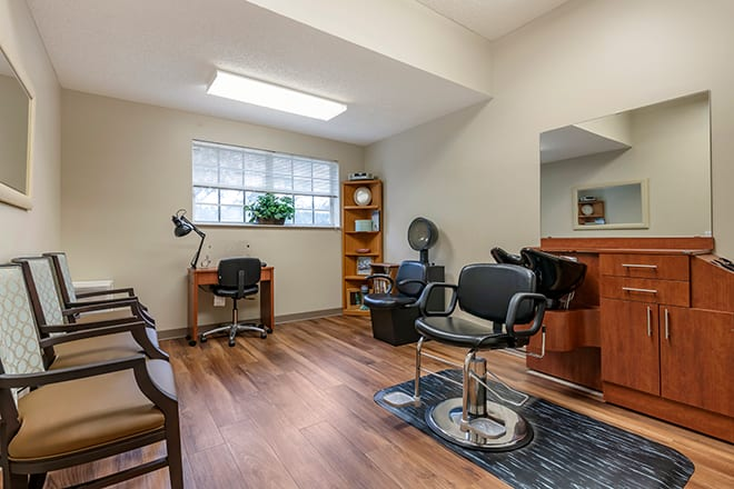 Brookdale Stuart Salon