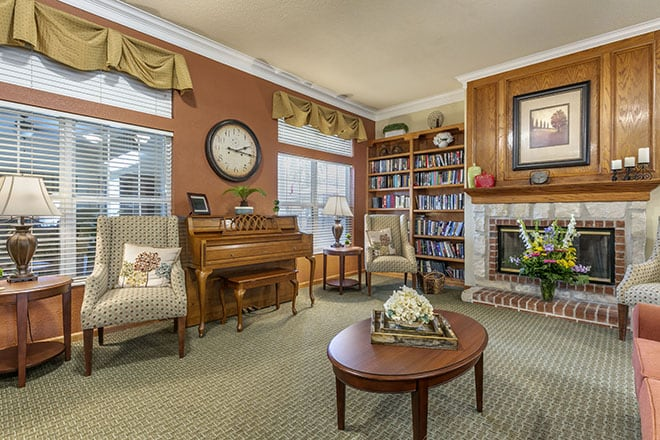 Brookdale Tullahoma Community Living Room