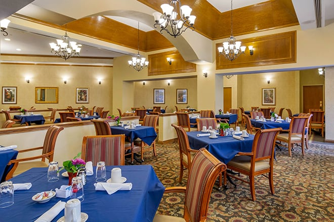 Brookdale University Park Dining Room