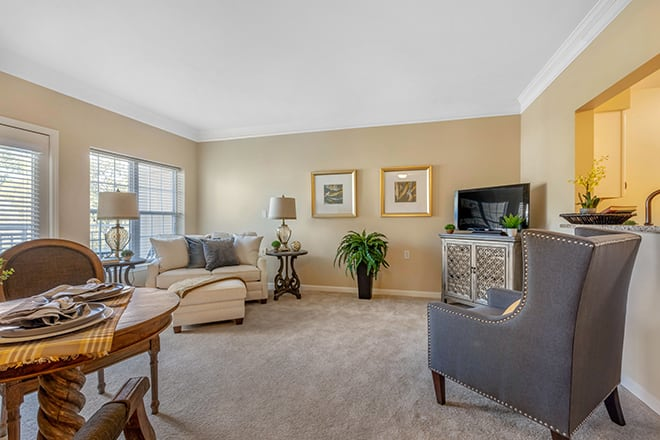 Brookdale University Park Independent Living Apartment Living Room