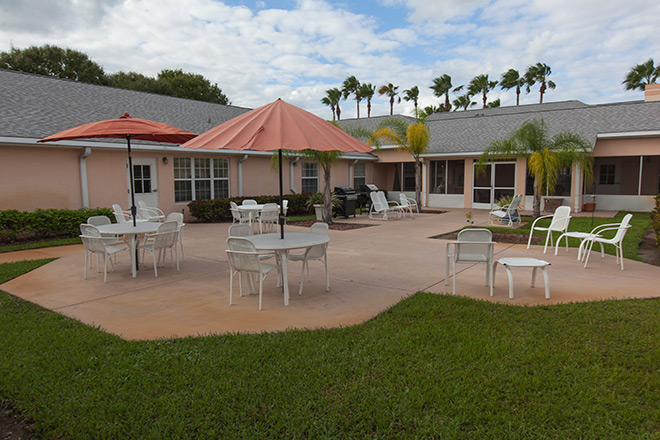 Brookdale Vero Beach South Patio