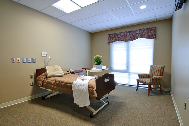 Freedom Pointe at The Villages Rehabilitation & Healthcare Center Bedroom