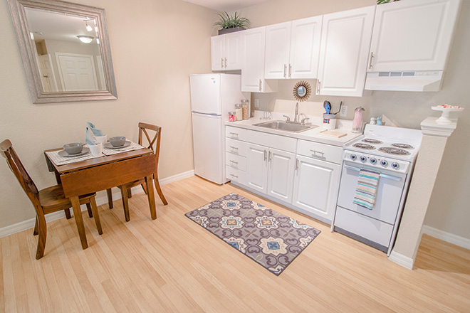 Brookdale Altamonte Springs Kitchen Area