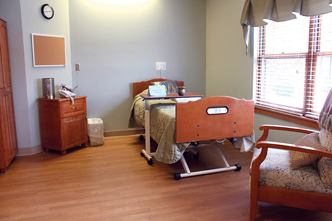 Robin Run Healthcare Center Bedroom