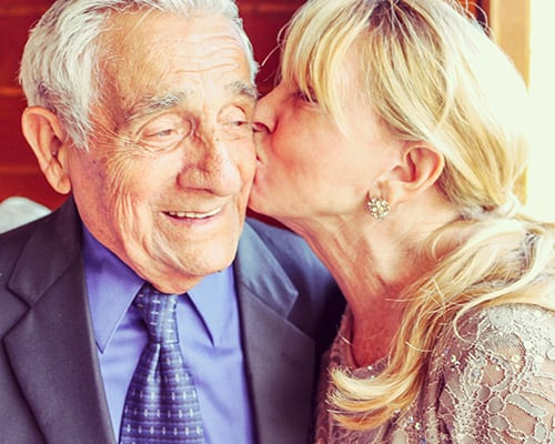 How to Encourage a Loved One in Senior Living